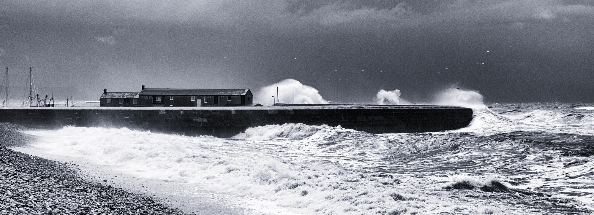 Overtopping at the Cobb Lyme Regis